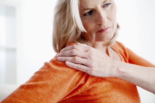 ilgą laiką gerklės sąnarių artritas iš pirštų sąnarių