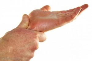 liaudies gynimo priemonės nuo skausmo į iš priežasčių pirštų sąnarių