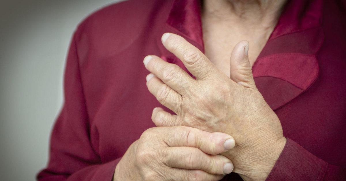 gydymas sąnarių liaudies sąlygomis sukelia pirštų artrito