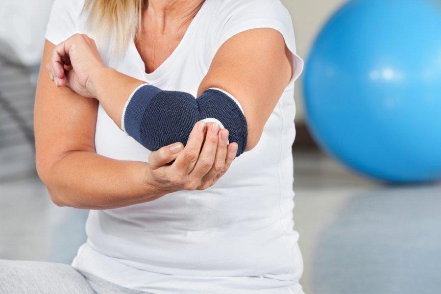 osteochondrozė receptai skausmas kairiojo peties ir alkūnės sąnario