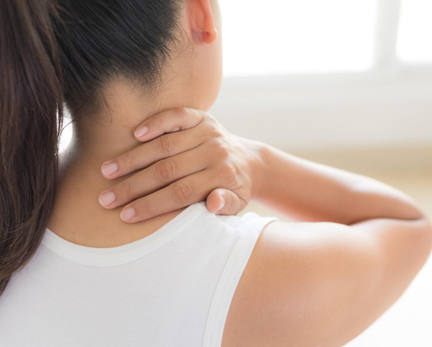 sąnarių skausmas pečių sąnarių gydymas pėdų sąnarių liaudies gynimo priemones namuose
