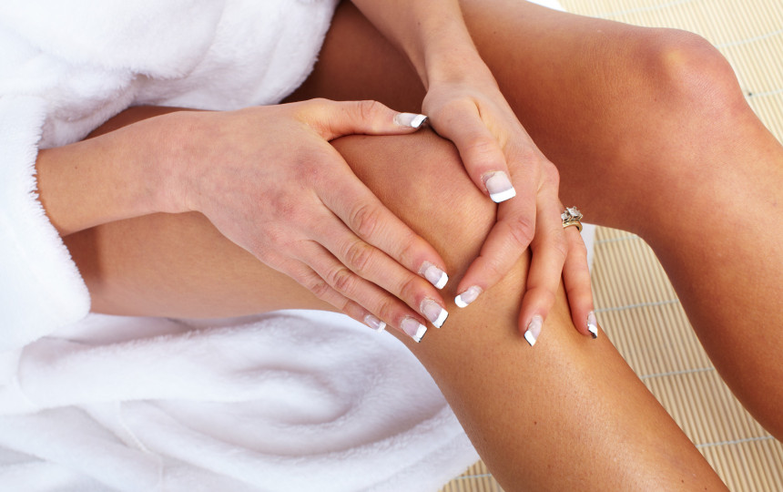 ligos brush rankos sustaines gerklės rankos nugara sąnarius