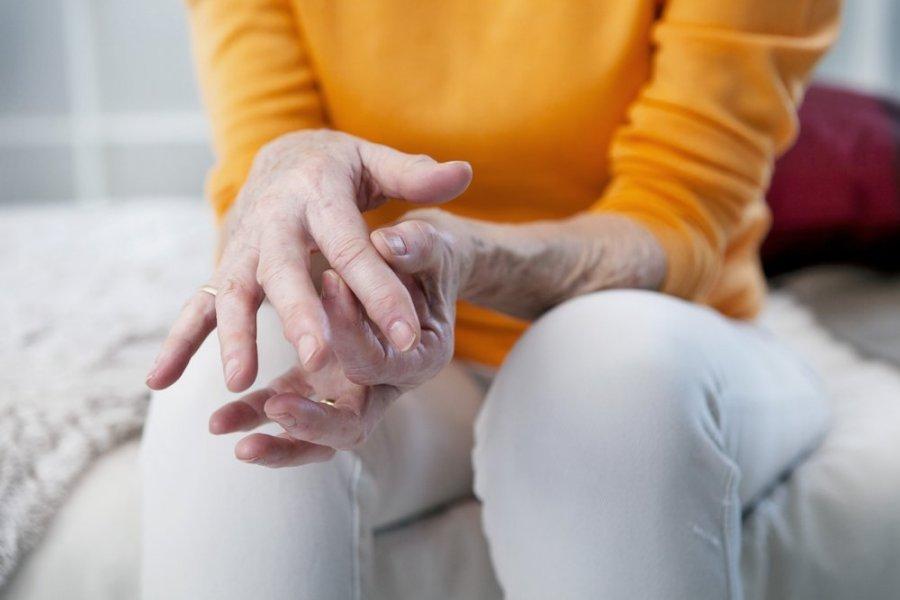 ryšuliai sąnarių skausmo gogress artritas šepetys ranka