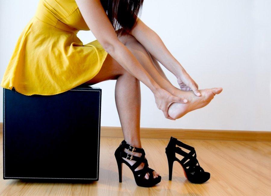 sąnarių pėdos ką daryti skauda visus raukšlės sąnarius