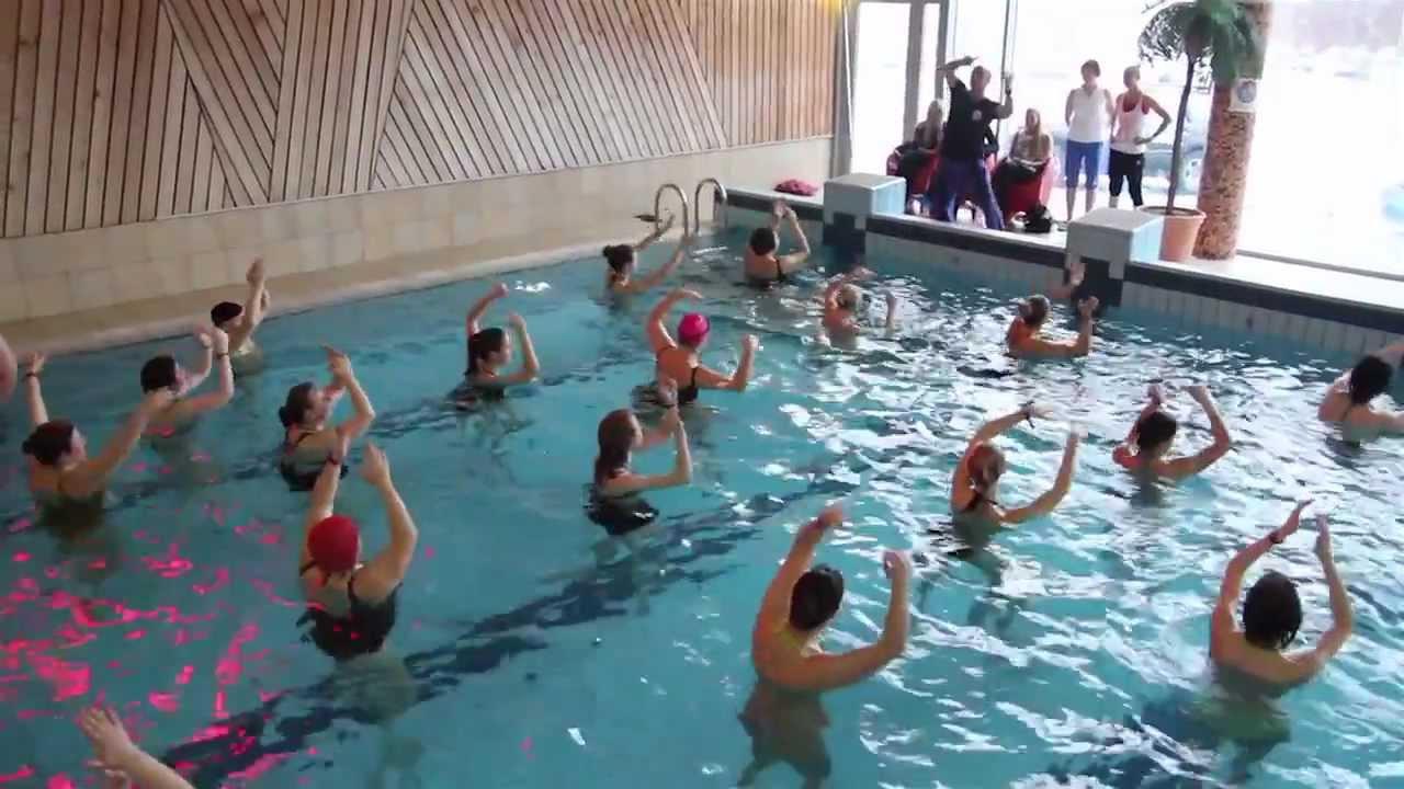 vandens aerobiką ligų sąnarių